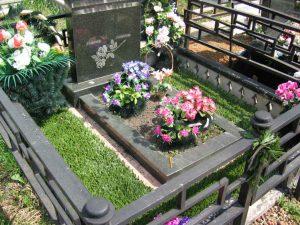 Оформление могил на кладбище 31